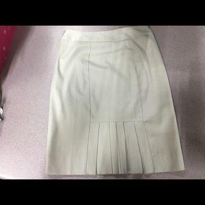 Classy Chic 😉 White House Black Market Skirt